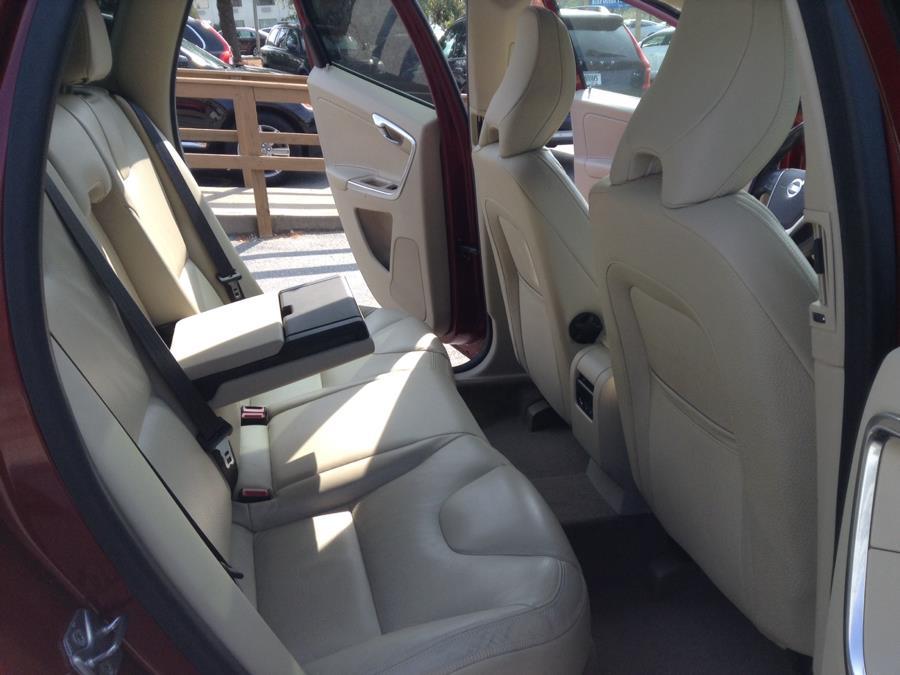 Used Volvo XC60 AWD 4dr 3.2L Premier PZEV 2014 | Eurocars Plus. Groton, Connecticut