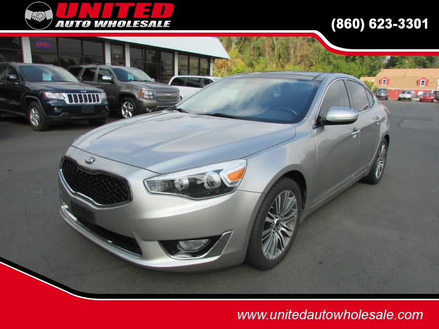 Used Kia Cadenza 4dr Sdn Premium 2014 | United Auto Sales of E Windsor, Inc. East Windsor, Connecticut