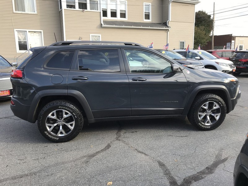 Used Jeep Cherokee 4WD 4dr Trailhawk 2016   Union Street Auto Sales. West Springfield, Massachusetts