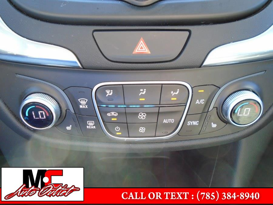 Used Chevrolet Equinox FWD 4dr LT w/1LT 2018 | M C Auto Outlet Inc. Colby, Kansas