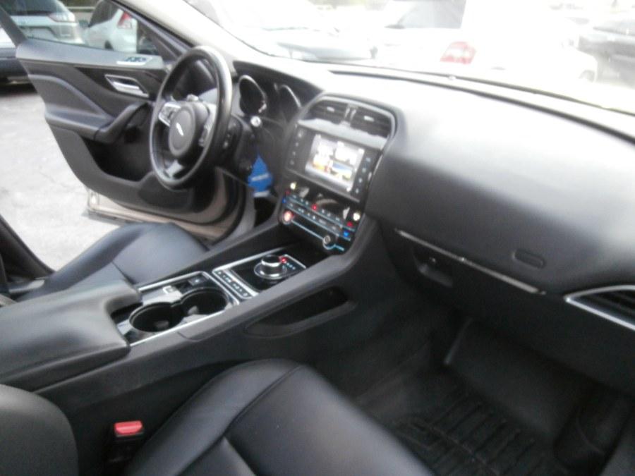 Used Jaguar F-PACE 35t Premium AWD 2017 | Jim Juliani Motors. Waterbury, Connecticut