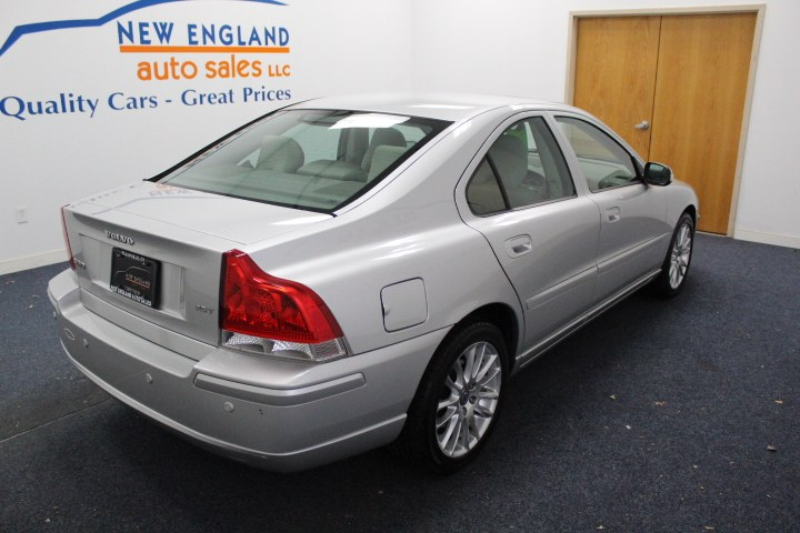Used Volvo S60 4dr Sdn 2.5T FWD w/Snrf 2008 | New England Auto Sales LLC. Plainville, Connecticut