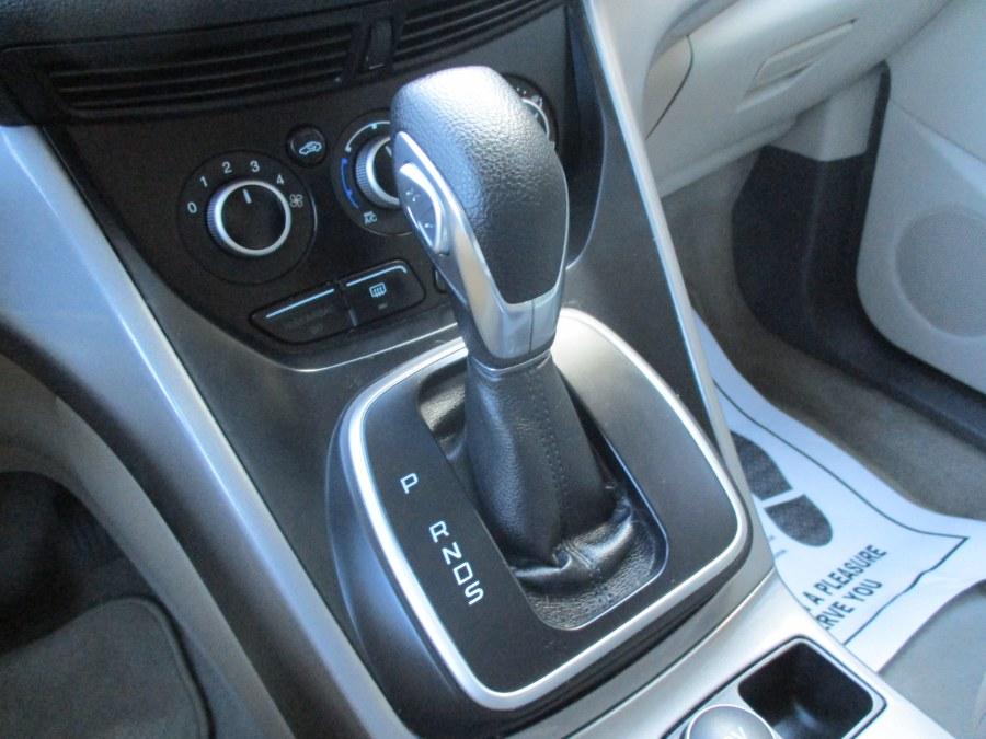 Used Ford Escape 4WD 4dr SE 2013   Cos Central Auto. Meriden, Connecticut