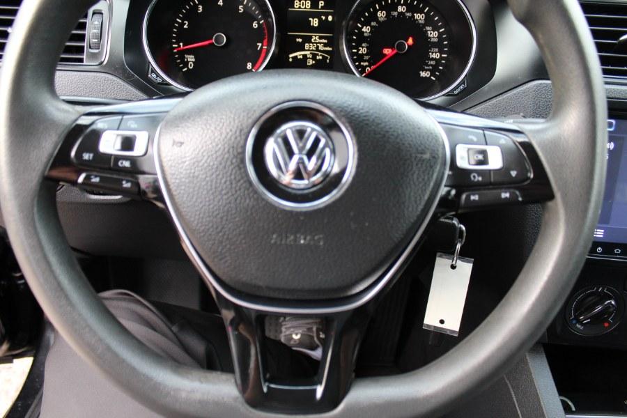 Used Volkswagen Jetta Sedan 4dr Auto 2.0L S 2015 | Carsonmain LLC. Manchester, Connecticut