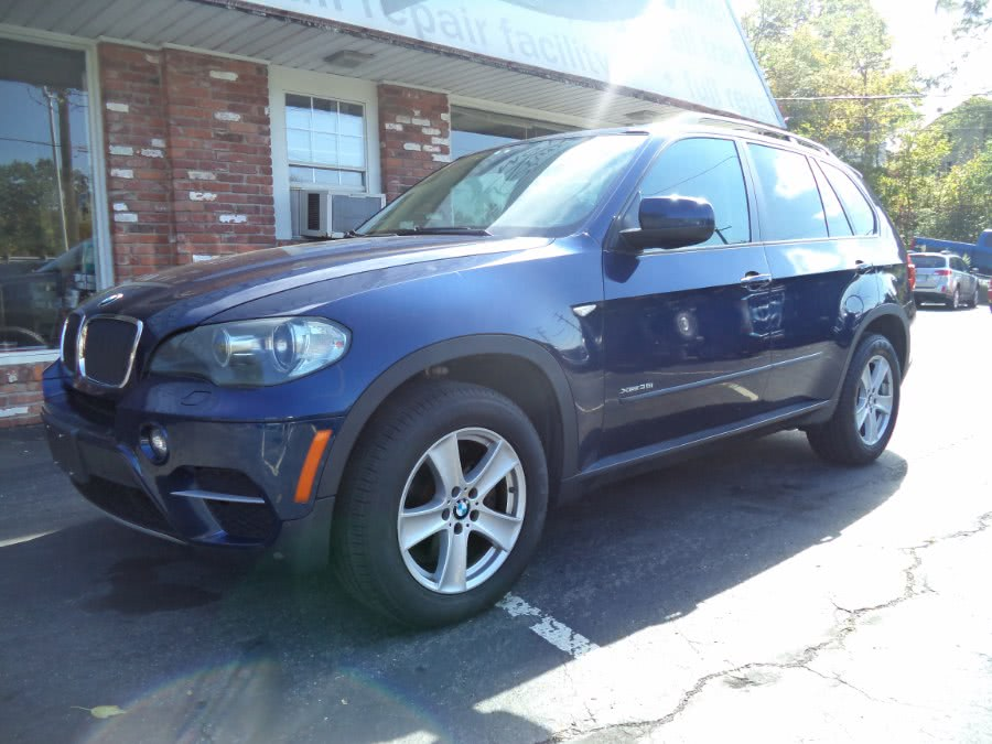 Used 2011 BMW X5 in Naugatuck, Connecticut | Riverside Motorcars, LLC. Naugatuck, Connecticut