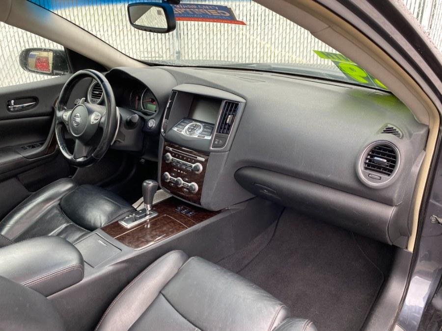Used Nissan Maxima 4dr Sdn V6 CVT 3.5 SV 2010   Carmatch NY. Bayshore, New York