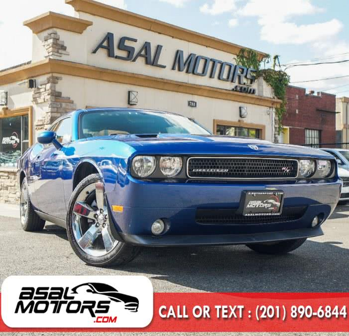 2010 Dodge Challenger 2dr Cpe R/T, available for sale in East Rutherford, NJ