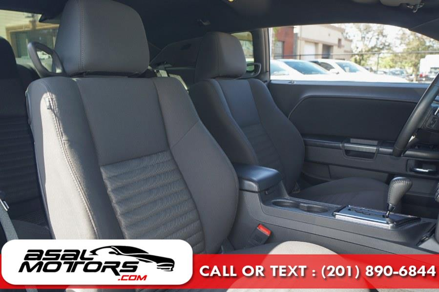 Used Dodge Challenger 2dr Cpe R/T 2012 | Asal Motors. East Rutherford, New Jersey