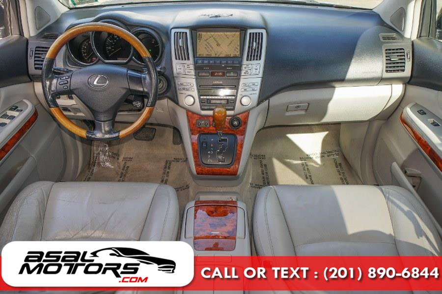 Used Lexus RX 330 4dr SUV AWD 2004 | Asal Motors. East Rutherford, New Jersey