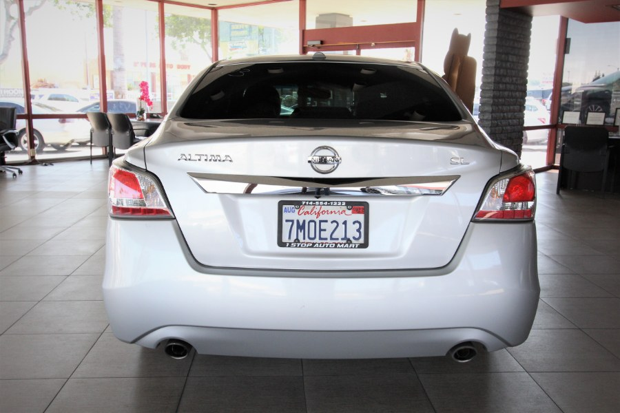 Used Nissan Altima 4dr Sdn I4 2.5 S 2015 | 1 Stop Auto Mart Inc.. Garden Grove, California
