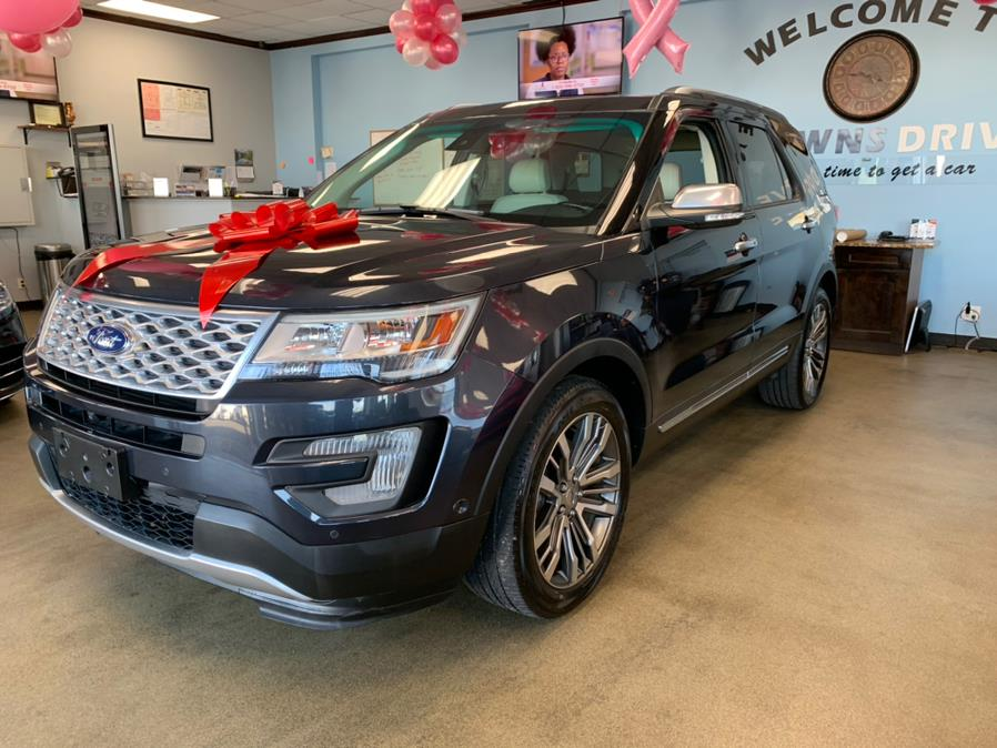 Used Ford Explorer Platinum 4WD 2017 | 5 Towns Drive. Inwood, New York