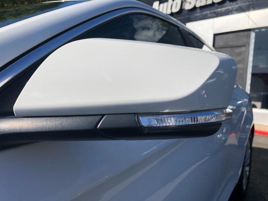 Used Chevrolet Impala 4dr Sdn LT w/1LT 2019 | Champion Auto Hillside. Hillside, New Jersey