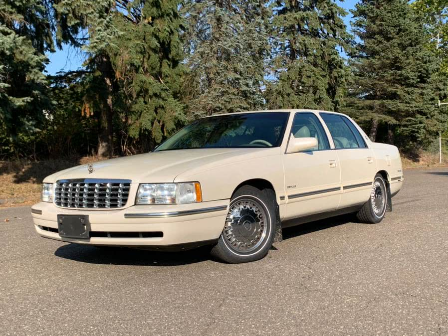 Used 1997 Cadillac d''Elegance in Waterbury, Connecticut | Platinum Auto Care. Waterbury, Connecticut