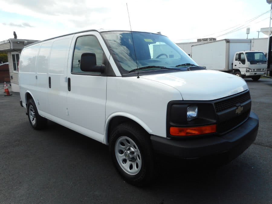 Used 2014 Chevrolet Express Cargo Van in Langhorne, Pennsylvania | Integrity Auto Group Inc.. Langhorne, Pennsylvania