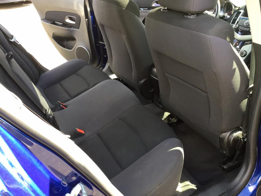 Used Chevrolet Cruze 4dr Sdn Auto 1LT 2013   L&S Automotive LLC. Plantsville, Connecticut