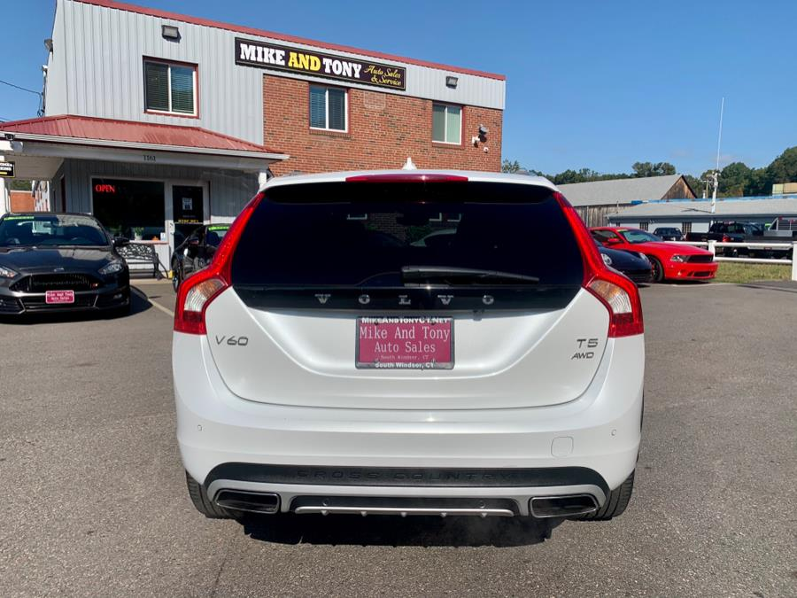 Used Volvo V60 Cross Country T5 AWD 2017 | Mike And Tony Auto Sales, Inc. South Windsor, Connecticut