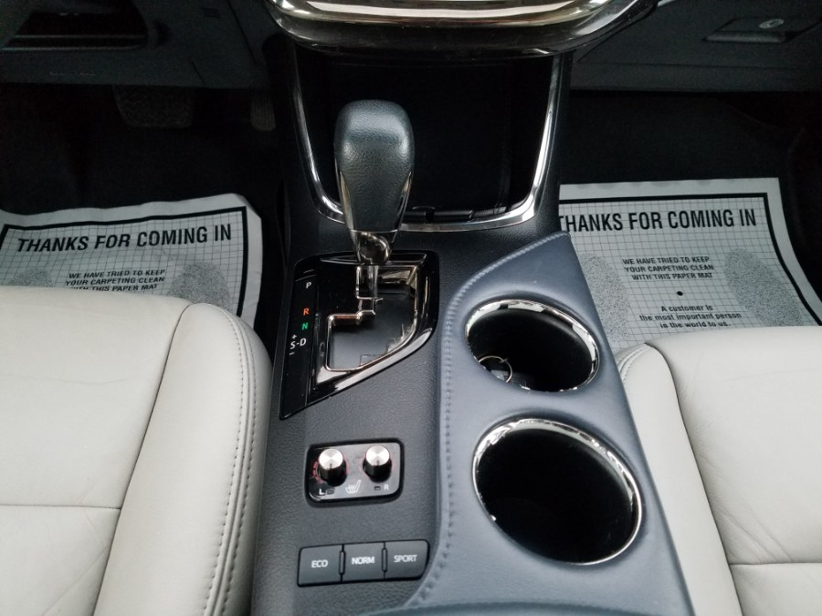 2015 Toyota Avalon XLE 4dr w/Leather,Sunroof,Back-up Camera, available for sale in Queens, NY