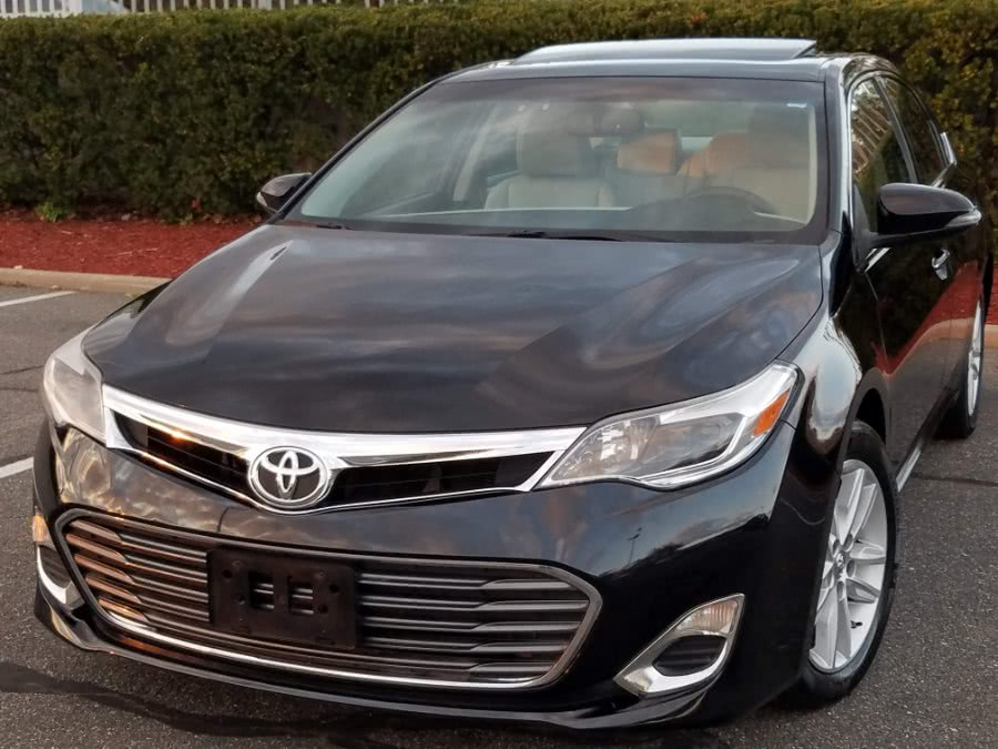 Used Toyota Avalon XLE 4dr w/Leather,Sunroof,Back-up Camera 2015