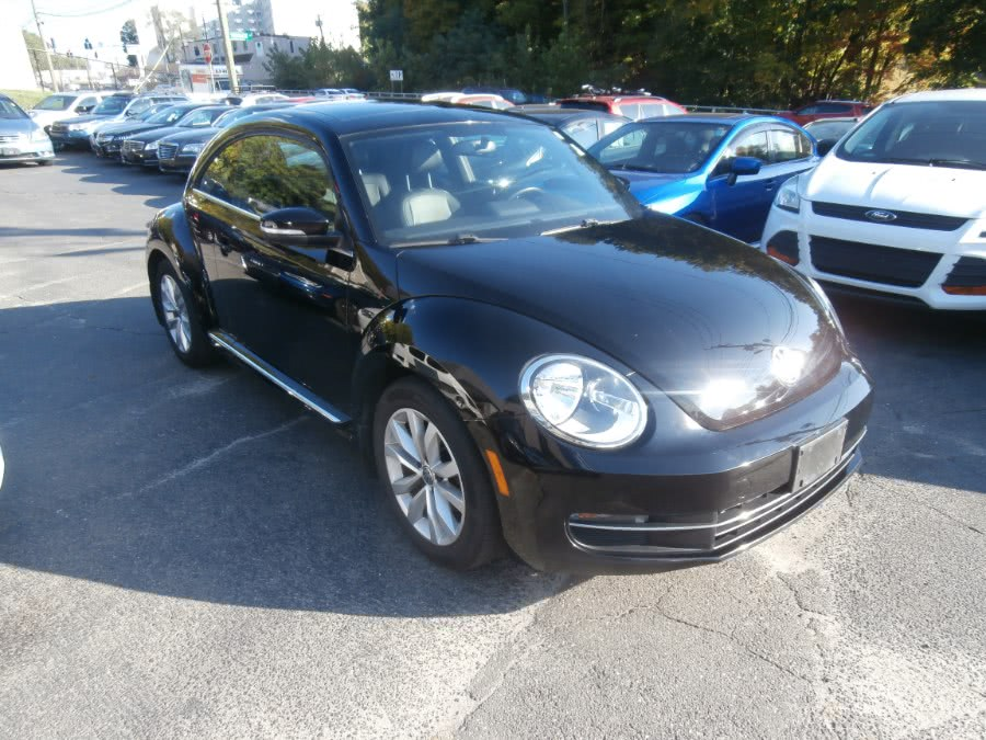 Used 2013 Volkswagen Beetle in Waterbury, Connecticut | Jim Juliani Motors. Waterbury, Connecticut