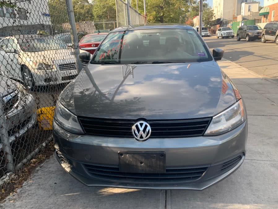 Used 2012 Volkswagen Jetta Sedan in Brooklyn, New York | Atlantic Used Car Sales. Brooklyn, New York