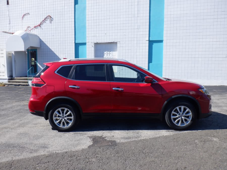 Used Nissan Rogue 2017.5 AWD SV 2017 | Dealertown Auto Wholesalers. Milford, Connecticut