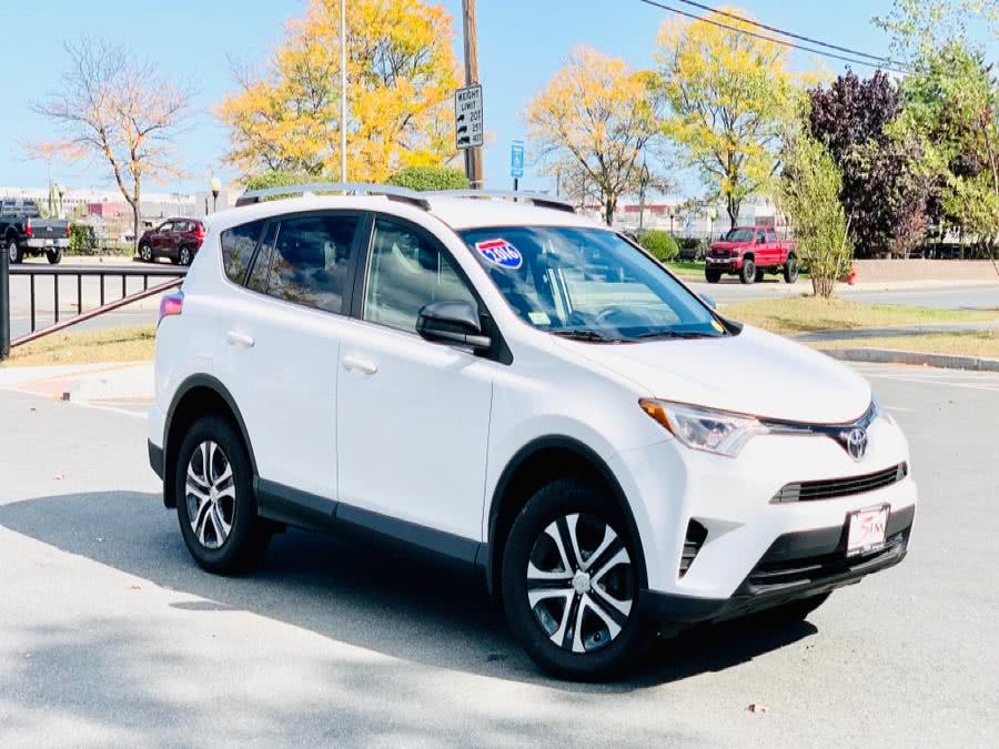 Used Toyota RAV4 AWD 4dr LE (Natl) 2016 | Sena Motors Inc. Revere, Massachusetts