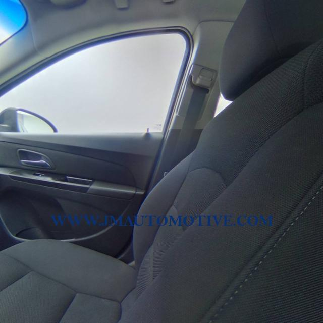 Used Chevrolet Cruze 4dr Sdn Auto 1LT 2013   J&M Automotive Sls&Svc LLC. Naugatuck, Connecticut