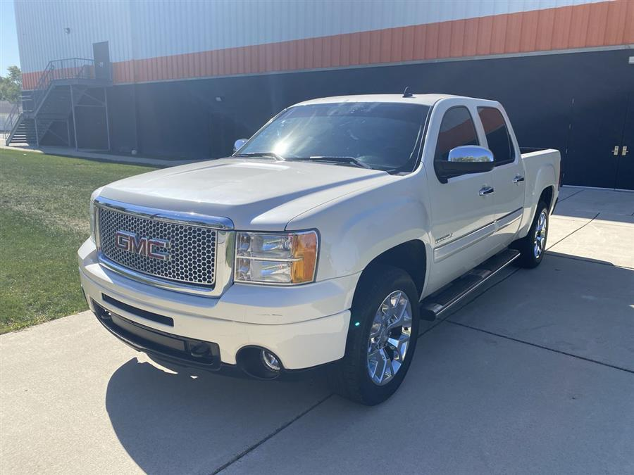 "Used GMC Sierra 1500 AWD Crew Cab 143.5"" Denali 2013 