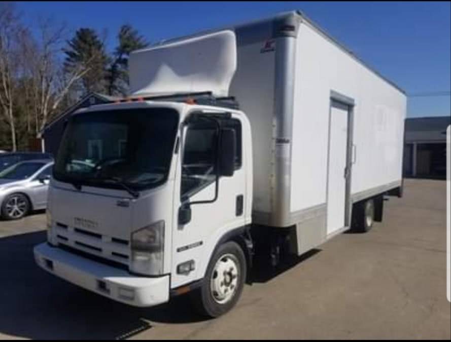 "Used Isuzu NRR DSL REG AT 109"" WB WHITE CAB IBT AIR PWL 2013 