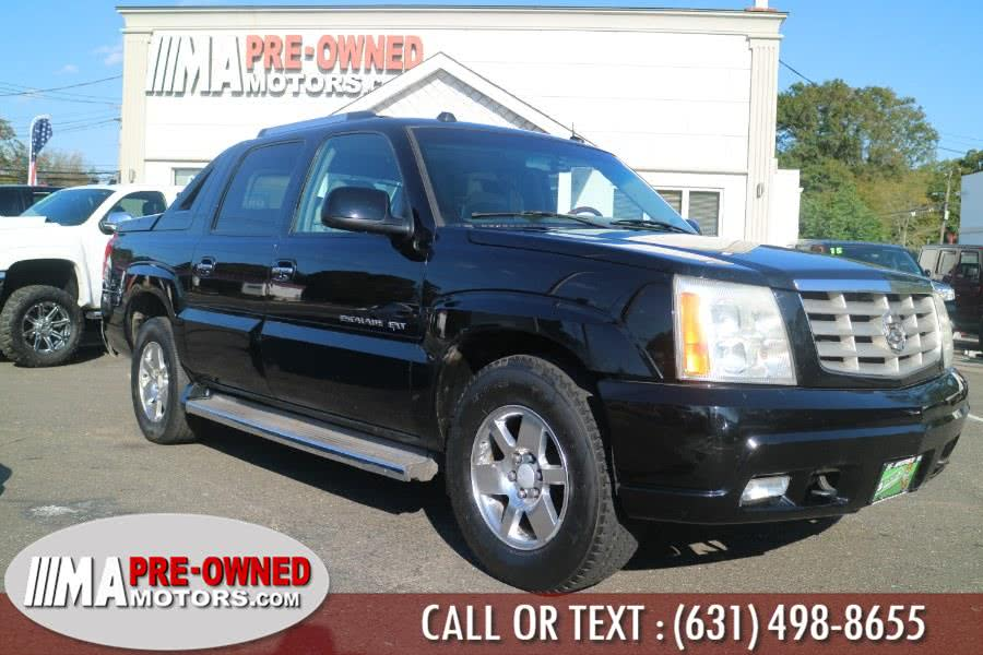 Used 2005 Cadillac Escalade EXT in Huntington, New York | M & A Motors. Huntington, New York