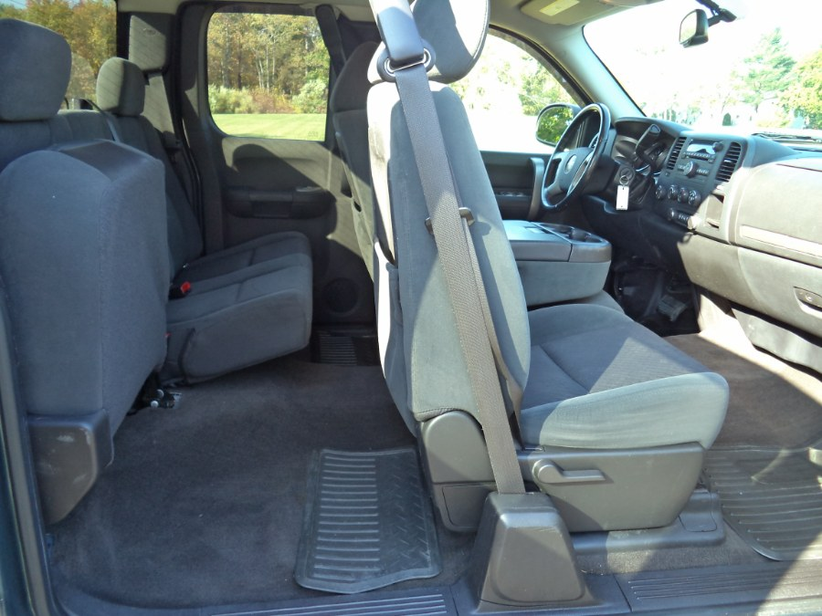 "Used GMC Sierra 1500 4WD Ext Cab 143.5"" SLE 2009 | International Motorcars llc. Berlin, Connecticut"