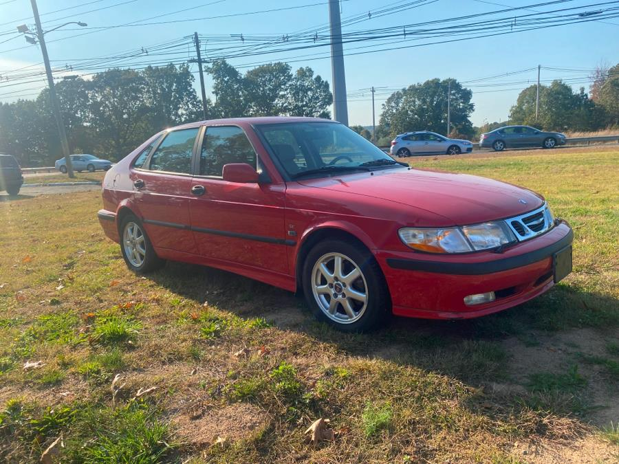 Used Saab 9-3 5dr HB SE 2002 | Vertucci Automotive Inc. Wallingford, Connecticut