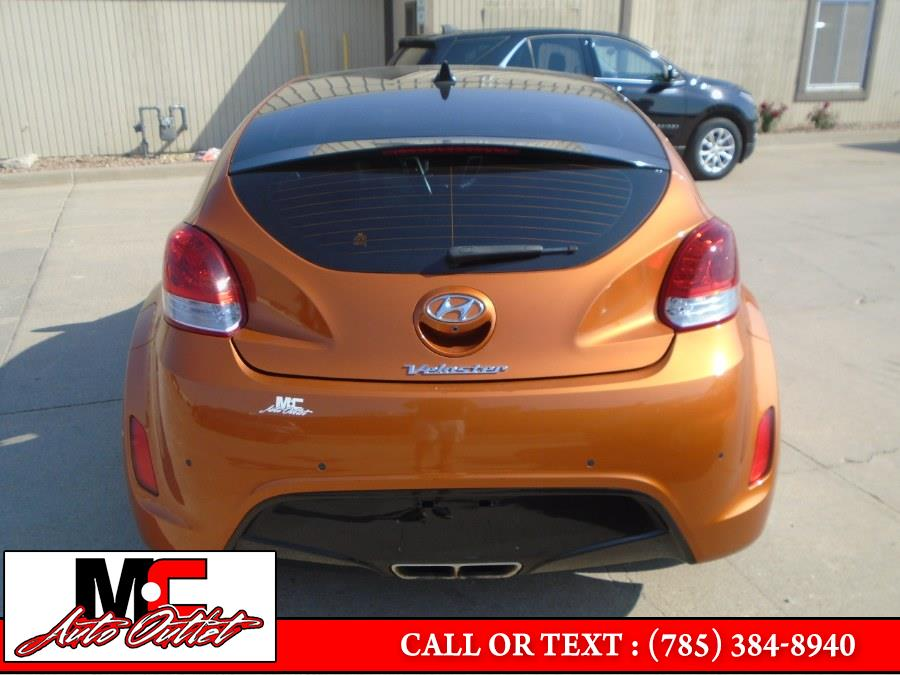 Used Hyundai Veloster 3dr Cpe Auto 2016 | M C Auto Outlet Inc. Colby, Kansas