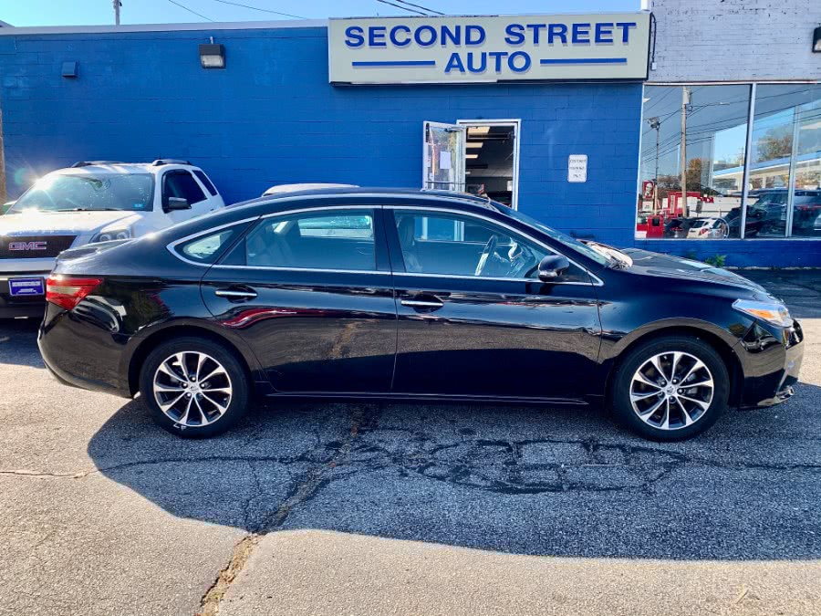 Used 2016 Toyota Avalon in Manchester, New Hampshire | Second Street Auto Sales Inc. Manchester, New Hampshire