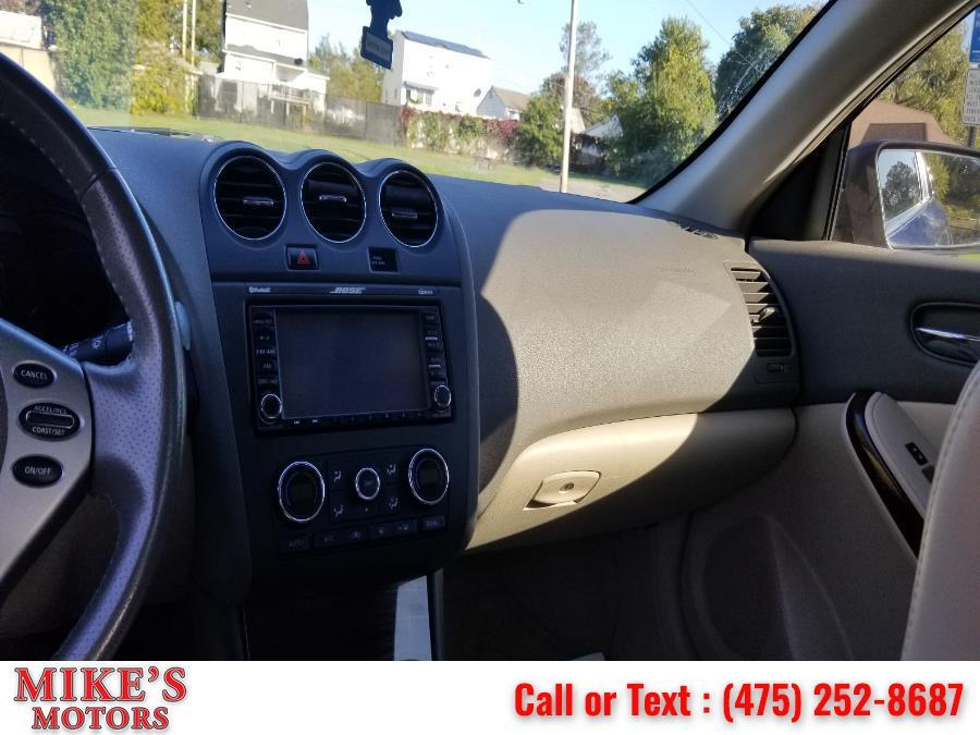 Used Nissan Altima 2dr Cpe V6 CVT 3.5 SR 2010 | Mike's Motors LLC. Stratford, Connecticut