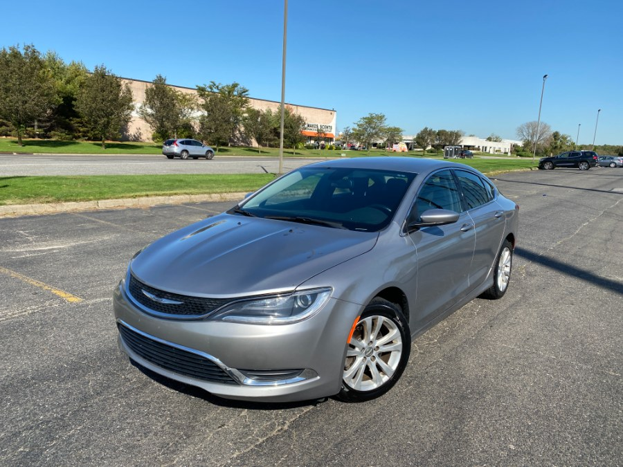 Used Chrysler 200 4dr Sdn Limited FWD 2016 | Drive Auto Sales. Bayshore, New York