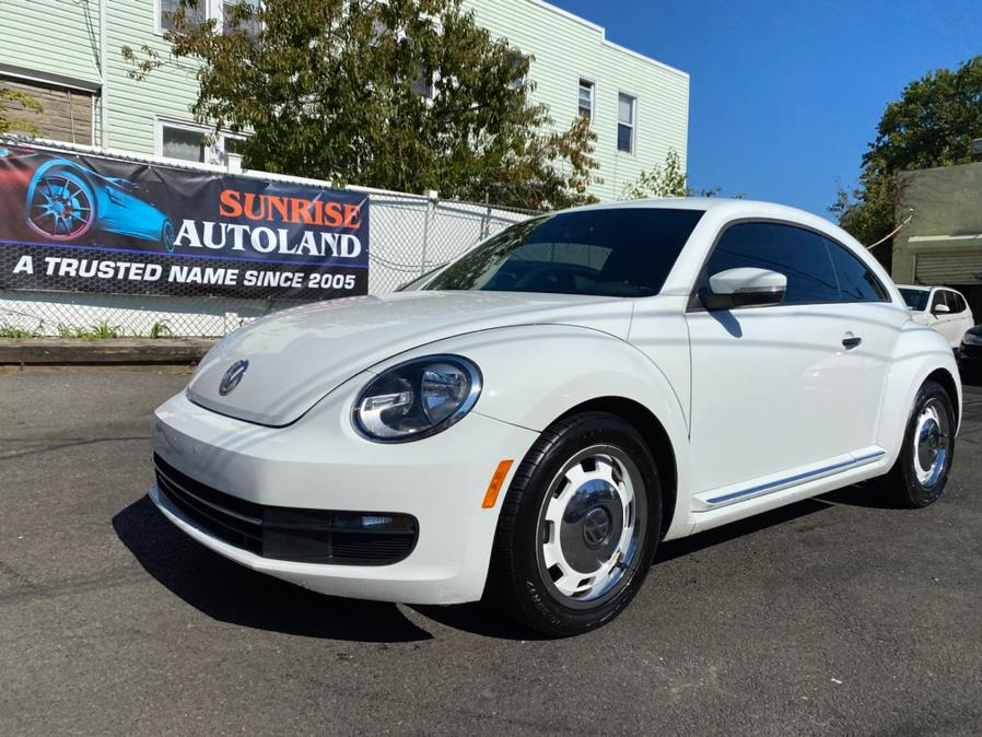 Used Volkswagen Beetle Coupe 2dr Auto 1.8T Classic 2016 | Sunrise Autoland. Jamaica, New York