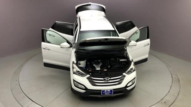 Used Hyundai Santa Fe AWD 4dr 2.0T Sport 2013 | J&M Automotive Sls&Svc LLC. Naugatuck, Connecticut