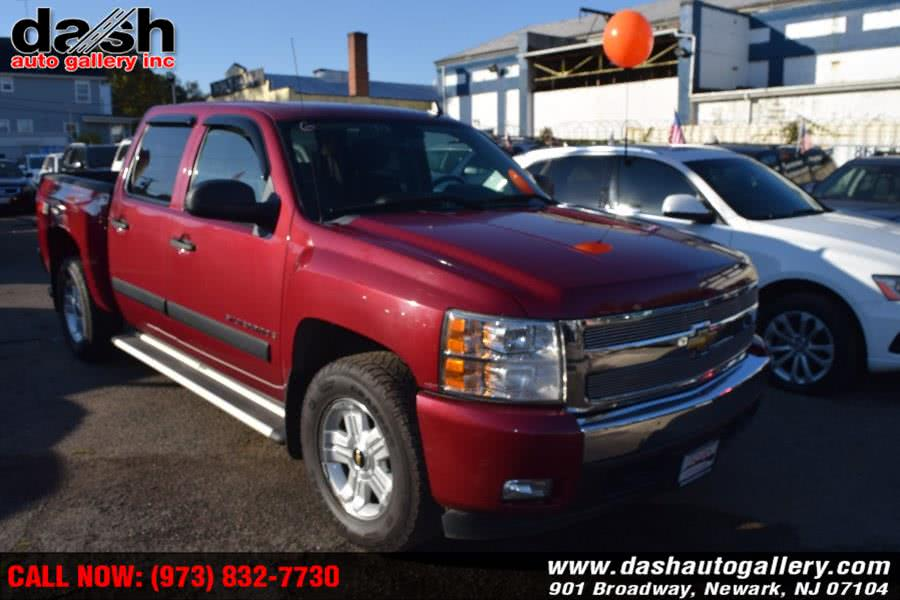 "Used Chevrolet Silverado 1500 4WD Crew Cab 143.5"" LT w/2LT 2007 | Dash Auto Gallery Inc.. Newark, New Jersey"
