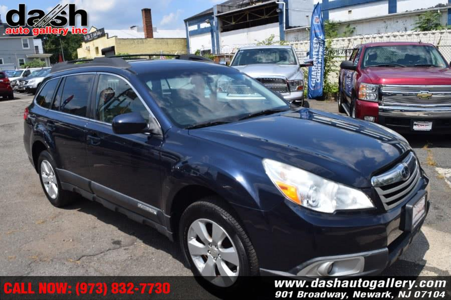 Used 2012 Subaru Outback in Newark, New Jersey | Dash Auto Gallery Inc.. Newark, New Jersey
