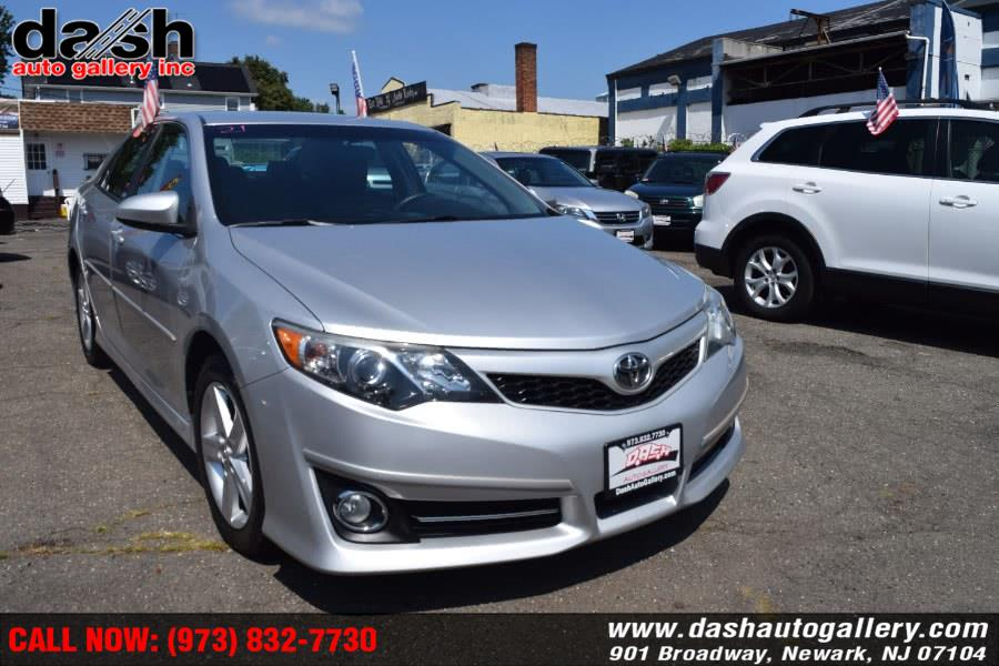 Used Toyota Camry SE 2014 | Dash Auto Gallery Inc.. Newark, New Jersey