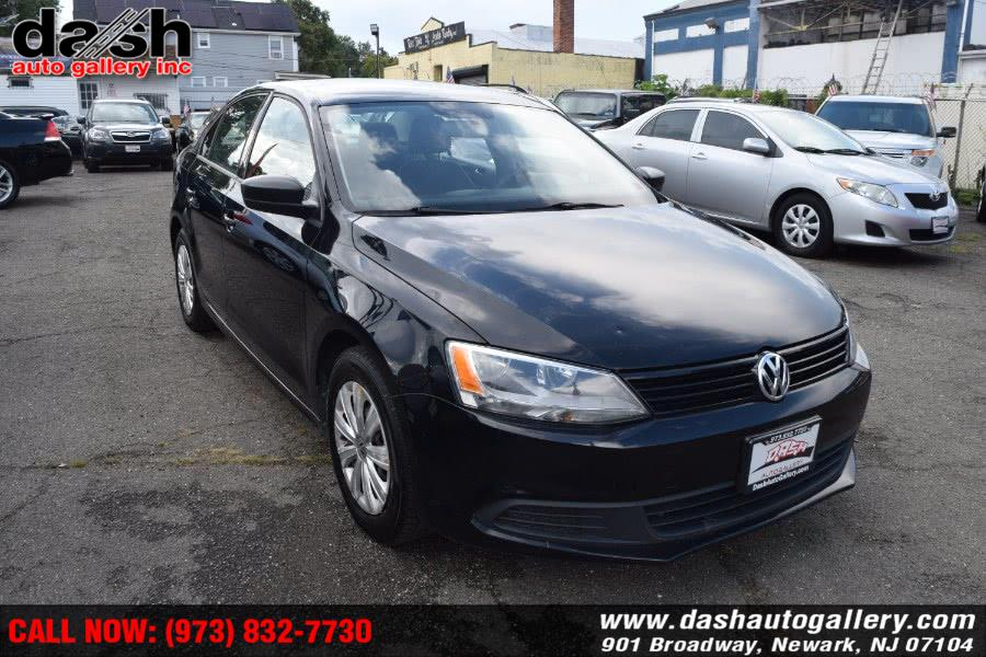 Used Volkswagen Jetta Sedan 4dr Auto S 2014 | Dash Auto Gallery Inc.. Newark, New Jersey