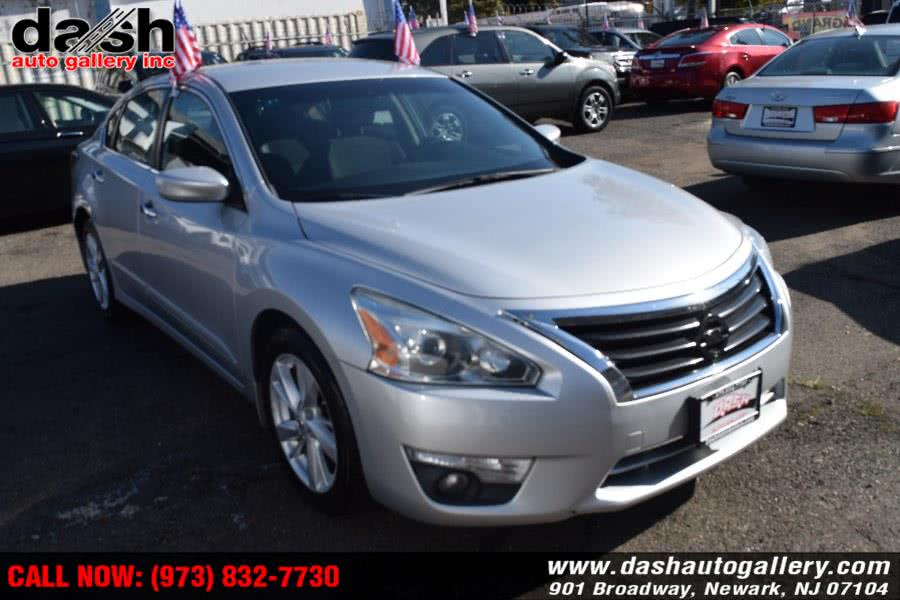 Used Nissan Altima 4dr Sdn I4 2.5 S 2015 | Dash Auto Gallery Inc.. Newark, New Jersey