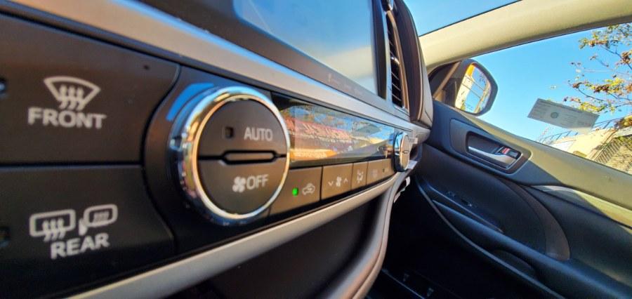 Used Toyota Highlander Limited Platinum V6 AWD (Natl) 2019 | Rubber Bros Auto World. Brooklyn, New York