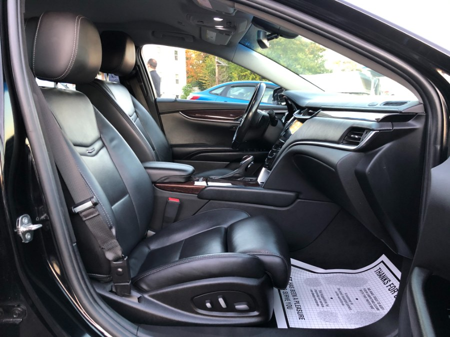Used Cadillac XTS 4dr Sdn Luxury FWD 2014 | Champion Auto Sales. Hillside, New Jersey