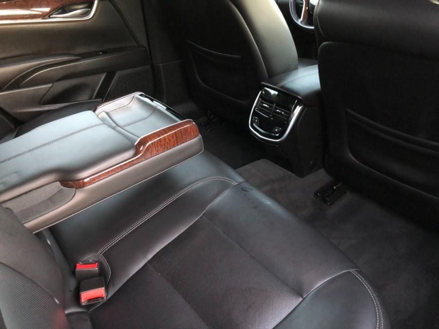 Used Cadillac XTS 4dr Sdn Luxury FWD 2014   Champion Auto Hillside. Hillside, New Jersey