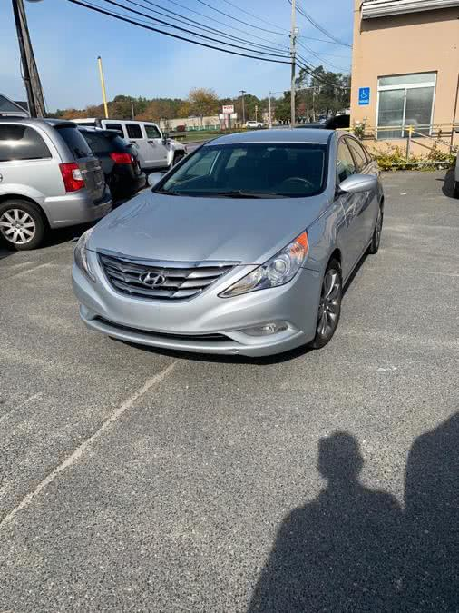 Used Hyundai Sonata 4dr Sdn 2.4L Auto SE 2011 | J & A Auto Center. Raynham, Massachusetts