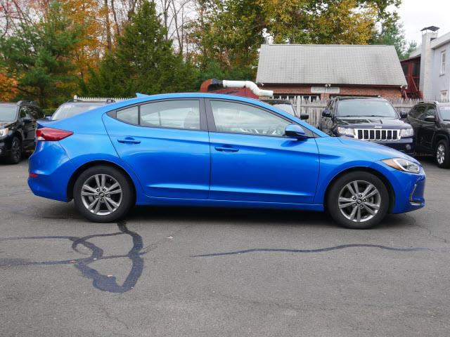 Used Hyundai Elantra SE 2017 | Canton Auto Exchange. Canton, Connecticut