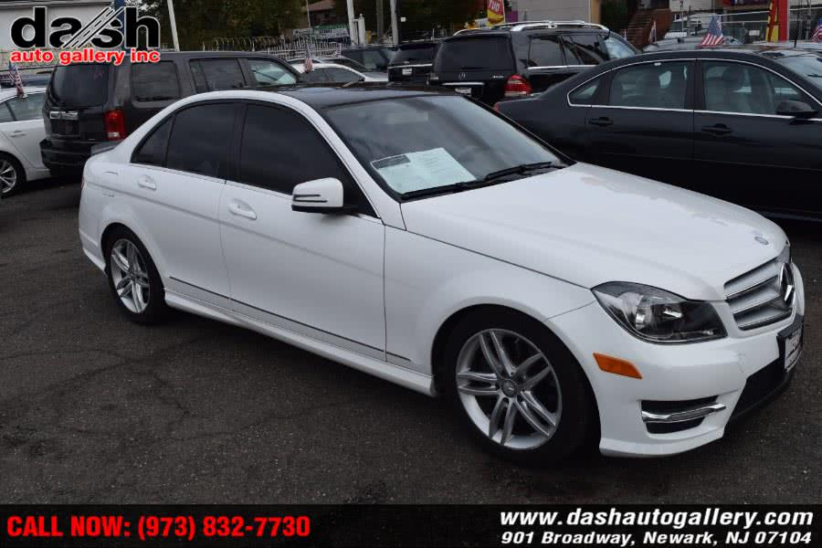 Used Mercedes-Benz C-Class 4dr Sdn C300 Sport 4MATIC 2013 | Dash Auto Gallery Inc.. Newark, New Jersey