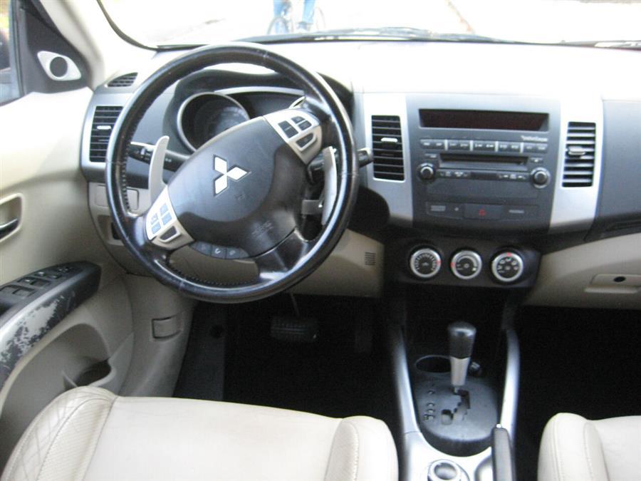 Used Mitsubishi Outlander XLS AWD 4dr SUV 2008 | Rite Choice Auto Inc.. Massapequa, New York
